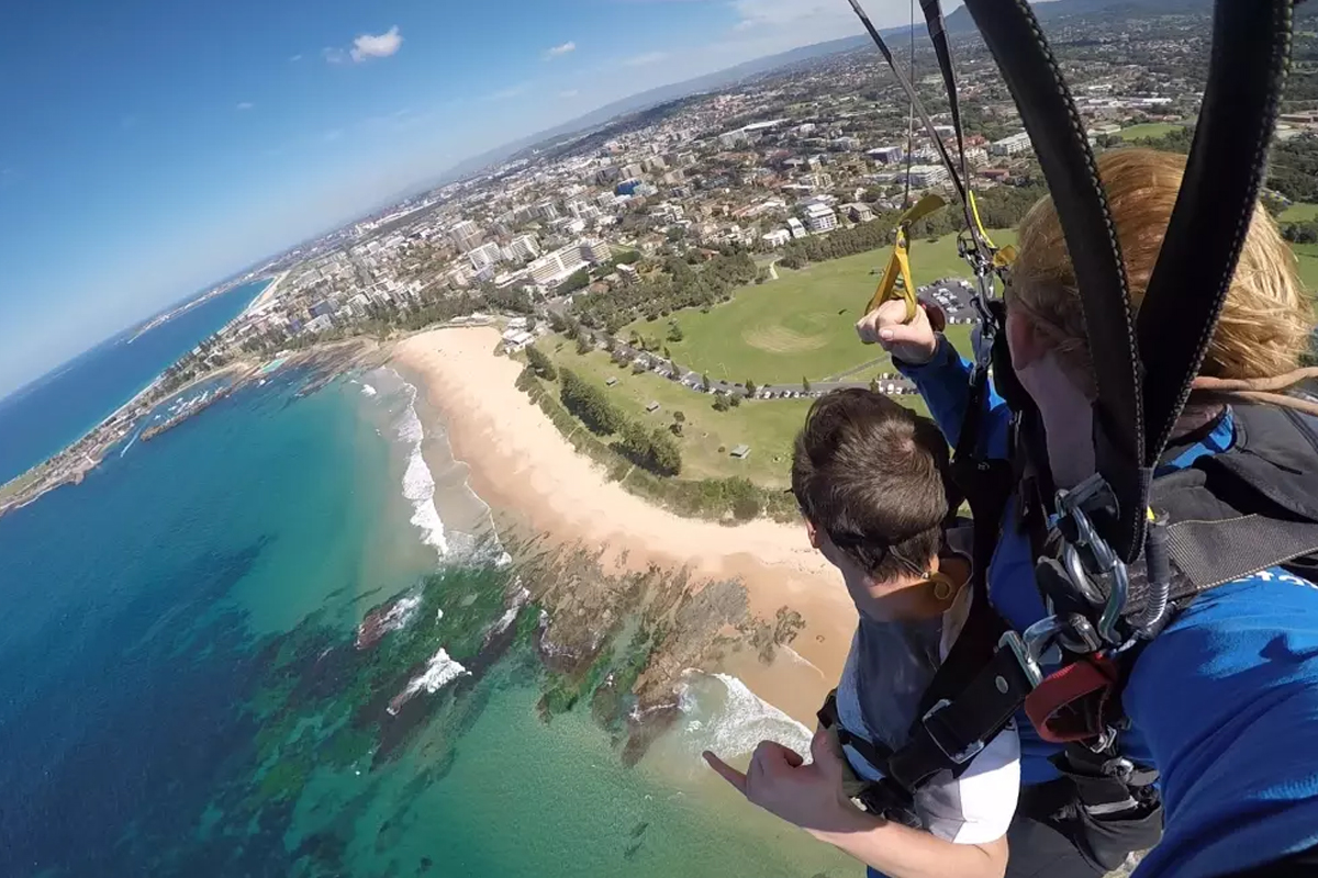 3-Beach-Skydiving