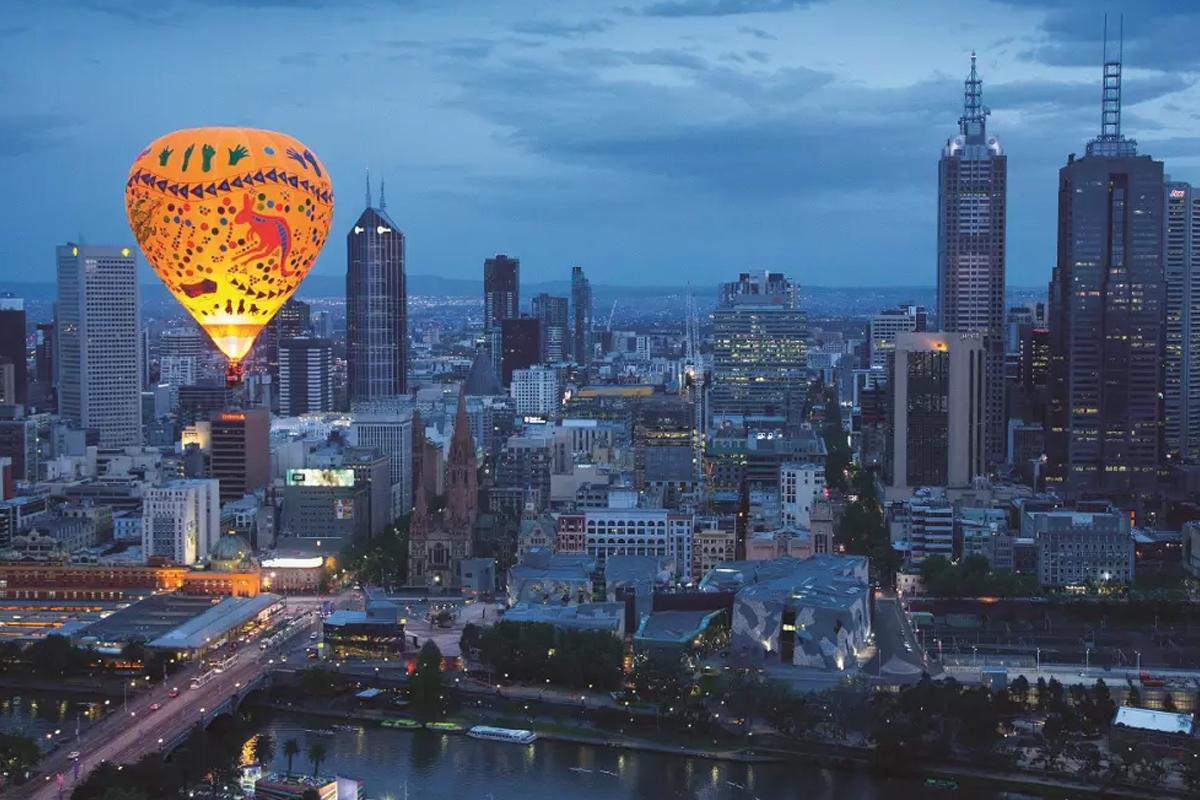 9-Balloon-Flight-and-Overnight-Stay