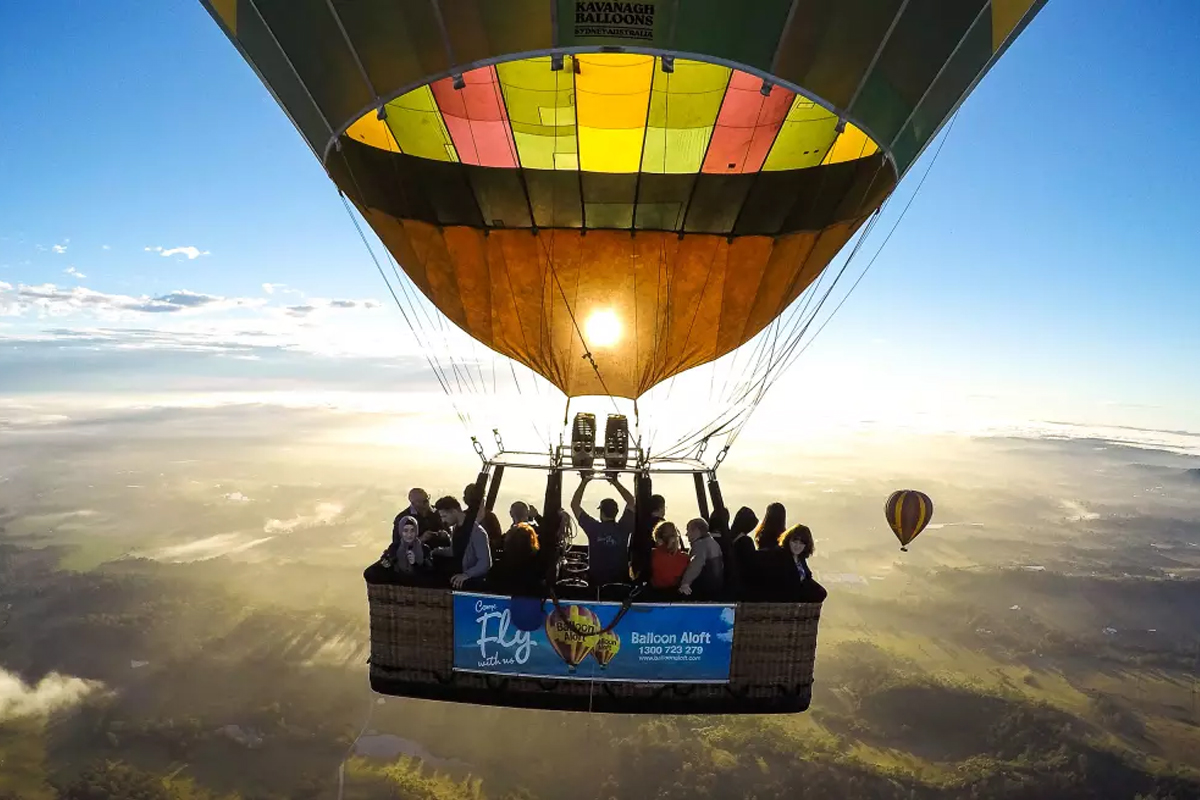 Hot-Air-Ballooning-over-the-Hunter-Valley